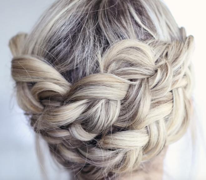 Fun ways to wear medium length hair