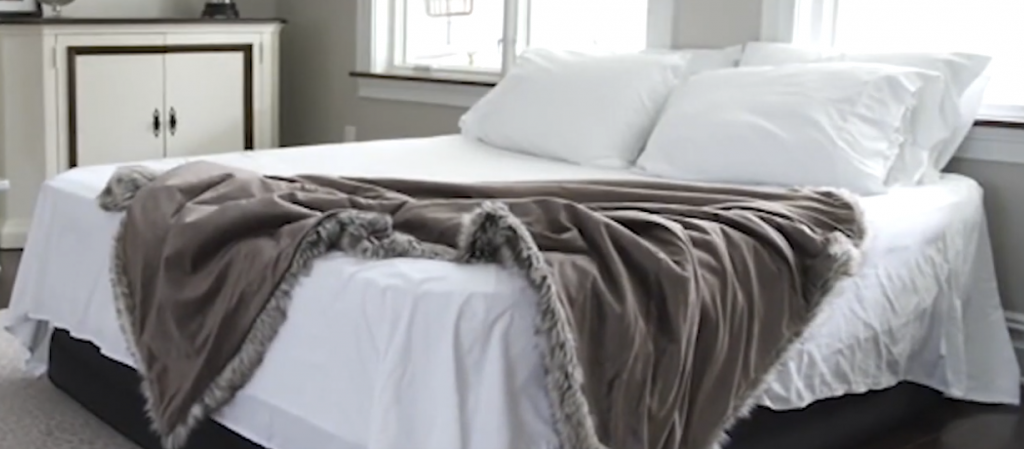 How to house guests comfortably in a small house or apartment